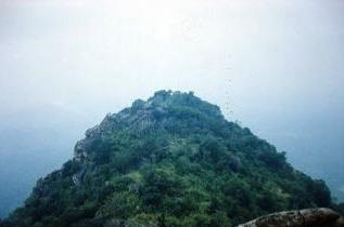 鶏足山.jpg
